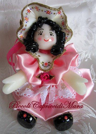Bambola in pasta di mais (rosa)