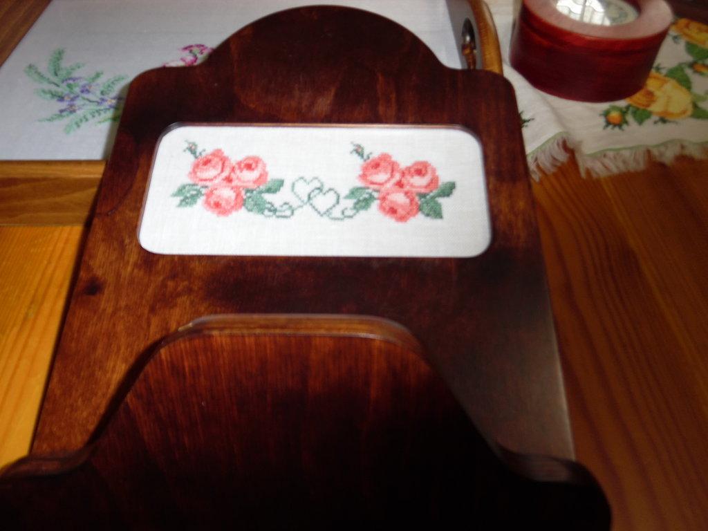 Portaposta in legno artigianale