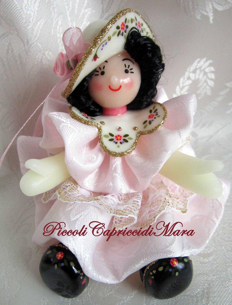 Bambola in pasta di mais (rosa chiaro)