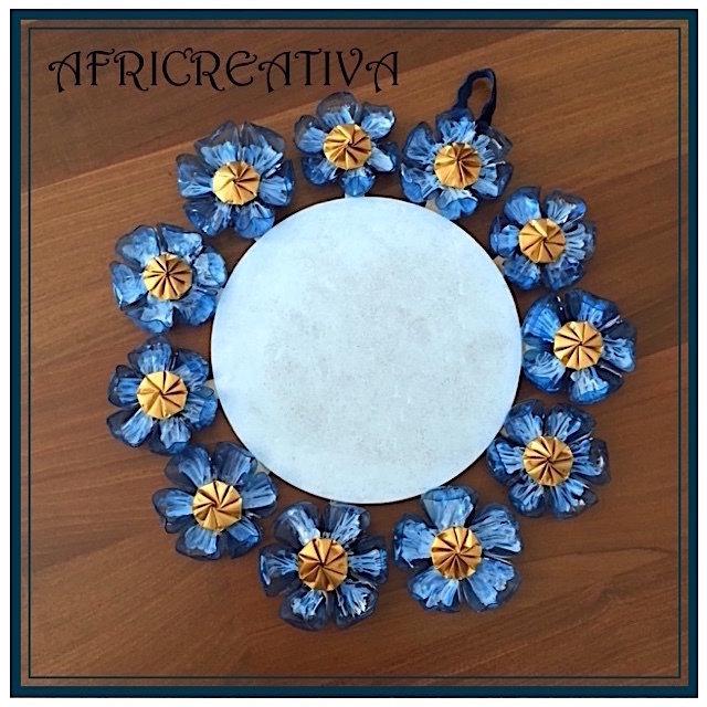 FUORI porta con fiori bluette