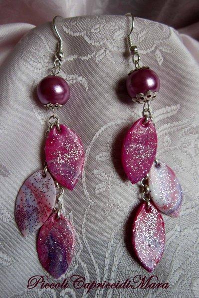 Orecchini pendenti in pasta di mais, perla lilla