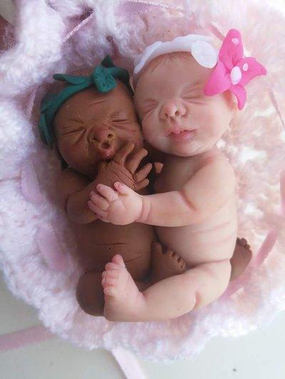 Miniature baby modellati a mano.Senza stampo.Pezzi unici.