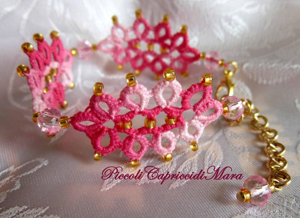 Bracciale rosa al chiacchierino, cristallo rosa, perline dorate