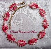 Collana (rosa) al chiacchierino, cristallo rosa, perline dorate