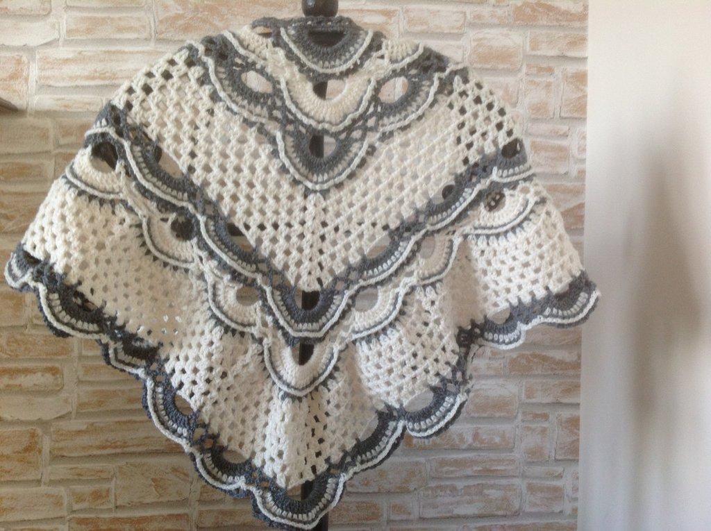 Scialle Per Signora In Misto Lana Donna Abbigliamento Di Pin