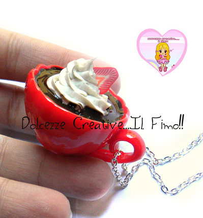 Collana MAXI tazza rossa con cioccolata e panna - handmade idea regalo