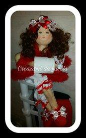 Bambola portarotolo natalizia diana