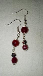 orecchini rossi pendenti