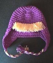 Cappellino Masha di Masha e orso  realizzato in lana acrilica