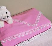 Set lenzuolo carrozzina color rosa, culla neonata, con pizzo all'uncinetto. Pronto per la spedizione