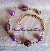 Bracciale con perle lilla, perle in vetro e cristalli rosa