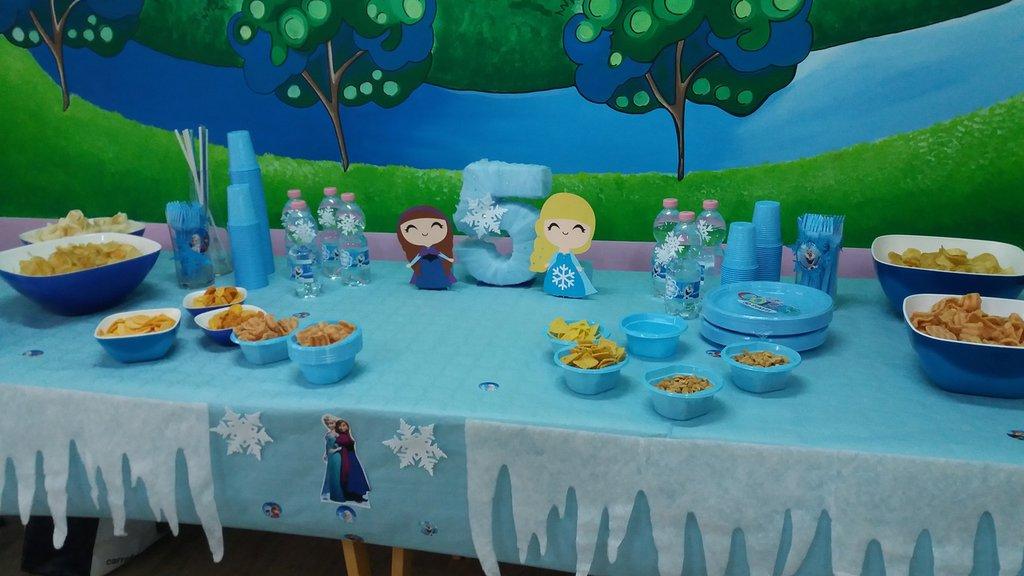 decorazione tavolo elsa