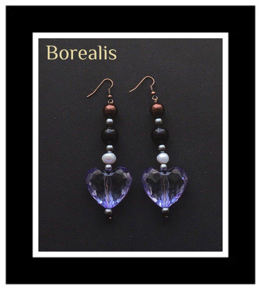 Orecchini con cuoricini, perle d'acqua e perle di Boemia