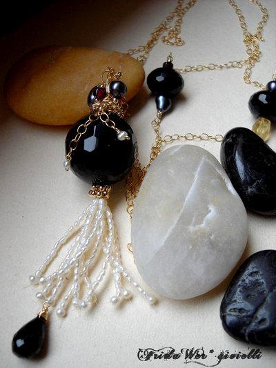 Collana Black Indian Sautoir -Nuova Collezione -Spedizioni gratuite con RACCOMANDATA 1*