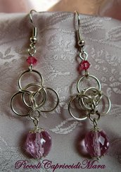 Orecchini chainmail, cristalli rosa