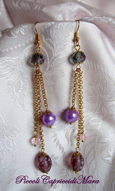 Orecchini con perla lilla, perla in vetro, cristalli rosa