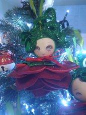Decorazioni albero .Set n.6  fate  fiori  rossi ,gomma crepla o eva Natale.
