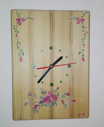 Orologio da muro con disegni a fiori