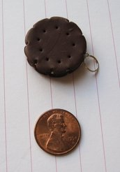 Cookie Cream Sandwich Charm