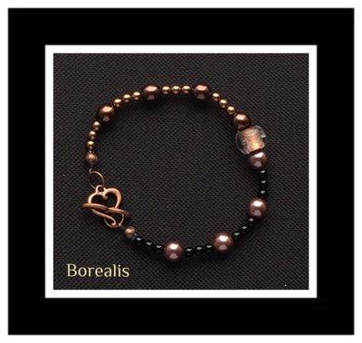 Bracciale in perle di Boemia e perle di vetro