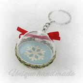 Portachiavi natalizio con fiocco di neve
