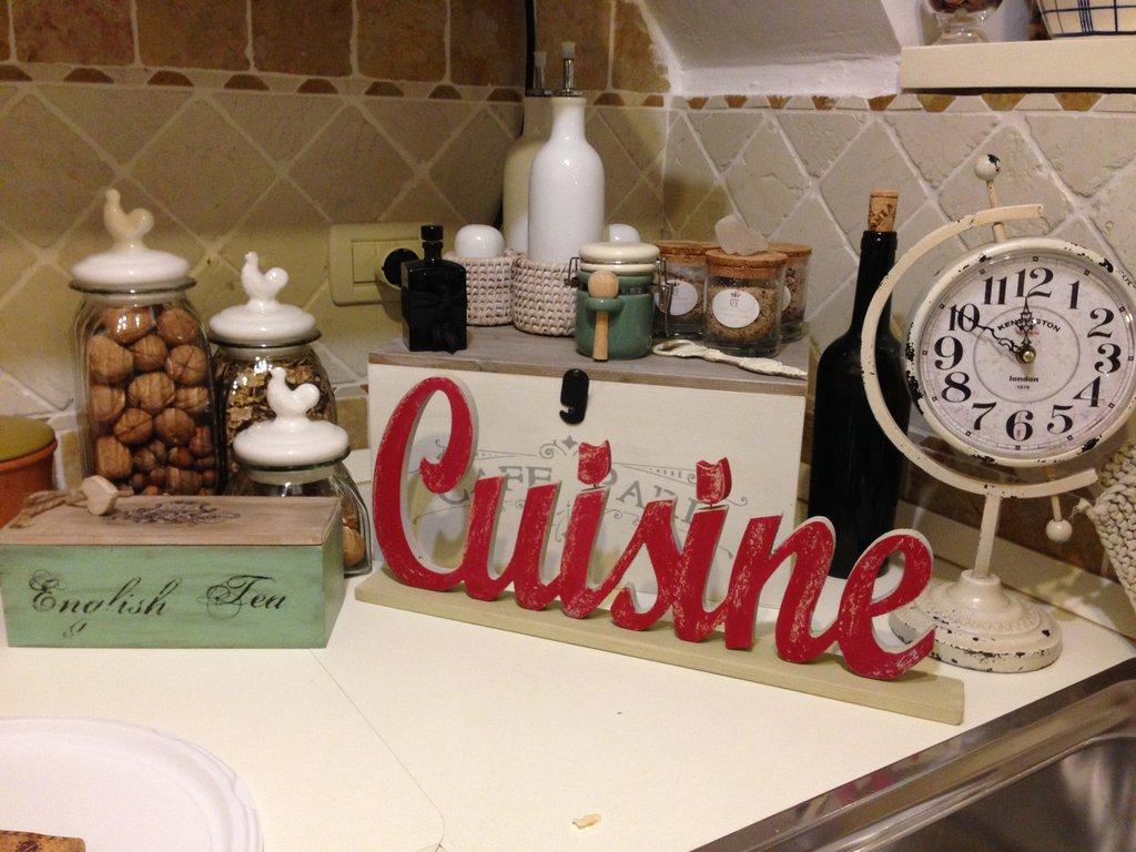 Lettering scritte decorative per la casa e per te for Greche decorative per cucina
