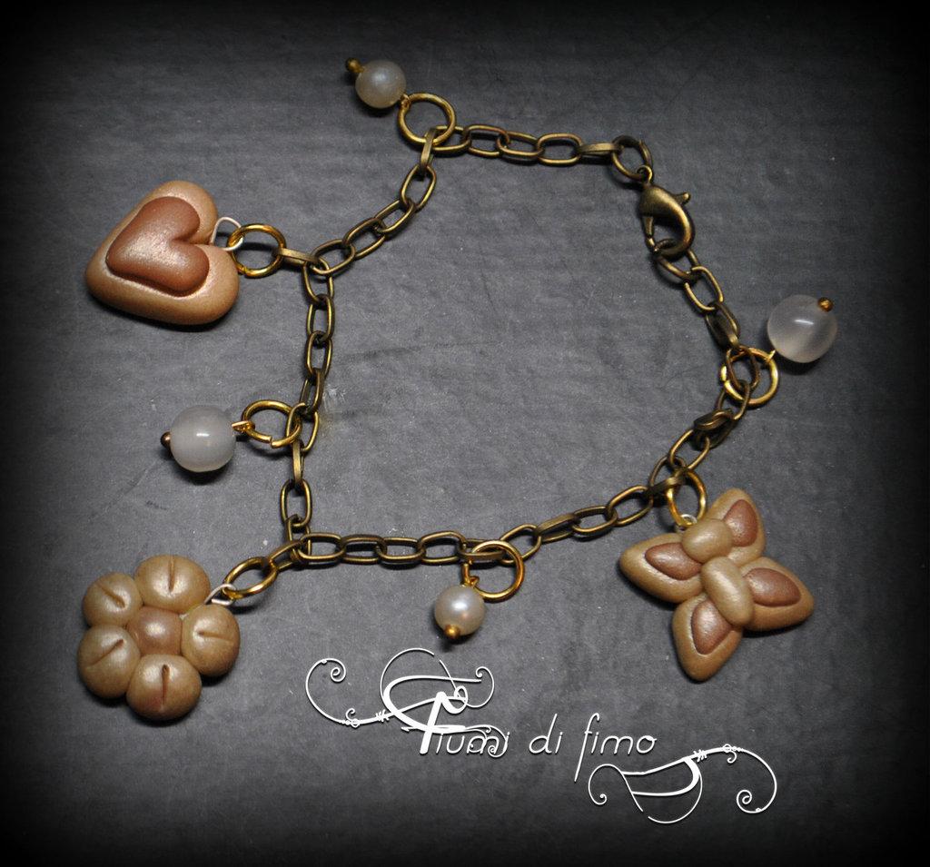 bracciale fimo| bracciale margherita| bracciale cuori| bracciale farfalla bracciale ciondoli fimo| bracciale con pendenti| polymerclay bracelet| gioielli fimo| gioielli autunno