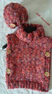 Poncho e berretto misto lana grossa ai ferri 12 - 18 mesi