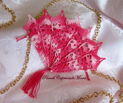 Ventaglio rosa all'uncinetto