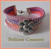 Bracciale 4 fili in alcantara con borchie luminose con perla intermezzo disegno margherita chiusura a moschettone