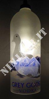 Lampadario a sospensione da Bottiglia Magnum Vodka Grey Goose idea regalo riciclo creativo riuso