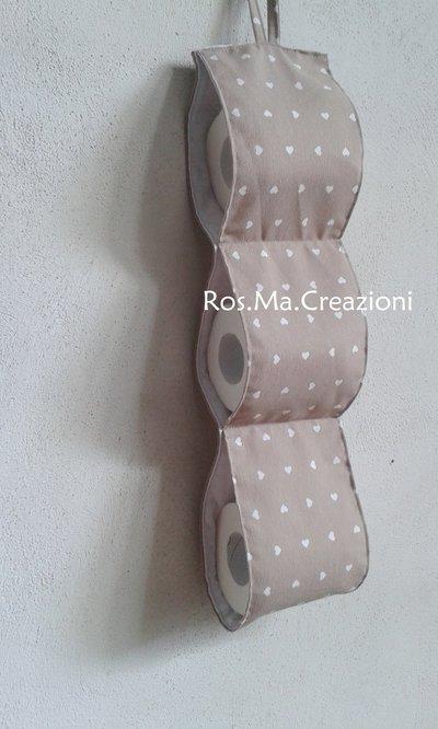 Porta rotoli di carta igienica per il bagno con 3 scomparti realiz su misshobby - Dove mettere il porta carta igienica ...