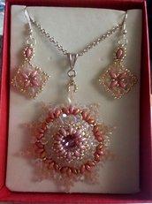 Ciondolo Modigliani rosa