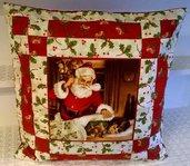 Cuscino Babbo Natale con Bambino in Patchwork fatto a mano
