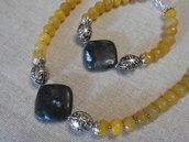 Parure collana girocollo e bracciale in agate gialle e motivo centrale, idea regalo.