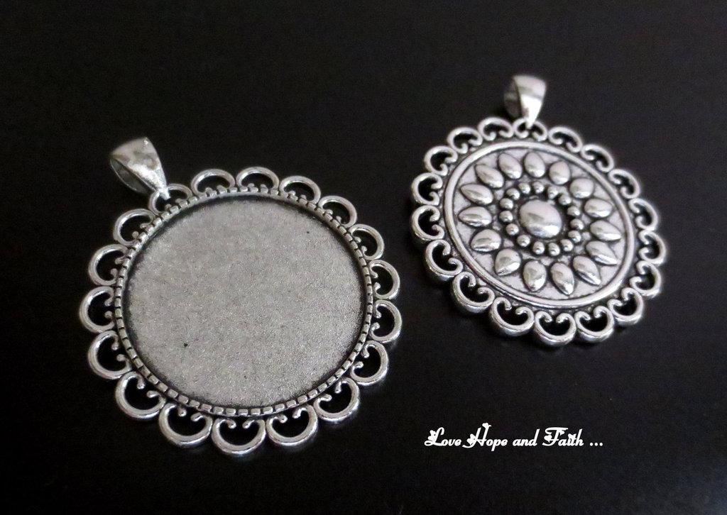 NOVITA'! Base cabochon color argento (dcod.507)