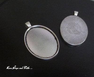 NOVITA'! Base cabochon color argento (bcod.371)