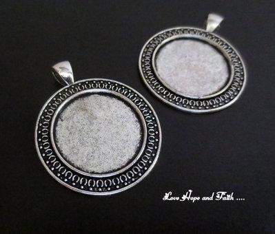 NOVITA'! Base cabochon color argento (dcod.350)