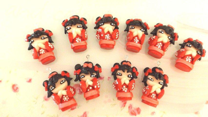 Inserzione riservata per dalila - 15 pezzi - kokeshi rosse - fimo bomboniera