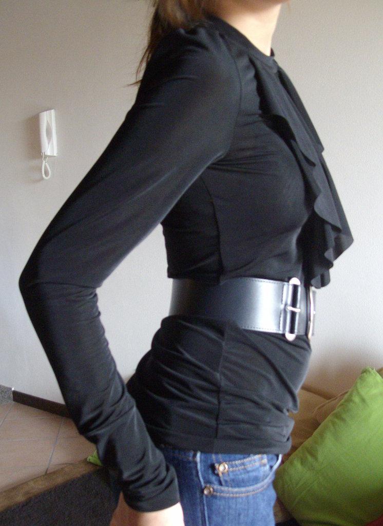 VOLANTS top MAGLIA sexy T-SHIRT maglietta NERO fashion MODA donna