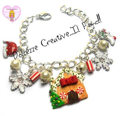 ☃ Natale In Dolcezze 2016 ☃ Bracciale casetta di marzapane, perle, fiocchi di neve, calza della befana e cappello di babbo natale