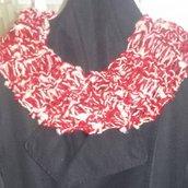 Sciarpa scaldacollo toni del rosso-bordeaux fatta a mano regalo di Natale