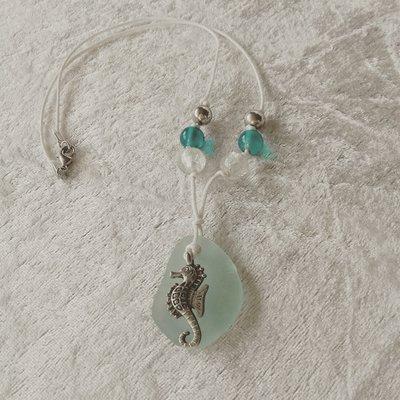Collana adattabile stile boho con vetro di mare (VENDUTO)