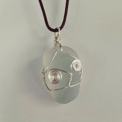 Collana con importante vetro di mare