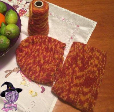 Completo scaldacollo e cappello a maglia