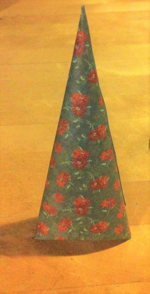 decorazione albero di natale cartoncino serie UNO CE L'HAI UN ALTRO LO FAI fantasia stelle di natale su base verde