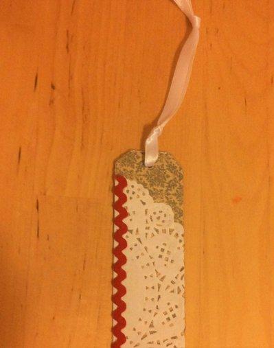 Segnalibro fantasia natalizia scrapbooking con nastro in seta bianco