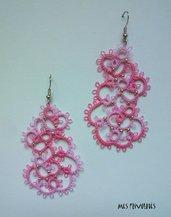Orecchini rigidi in pizzo chiacchierino Pink Parade con perline OP5PP20C