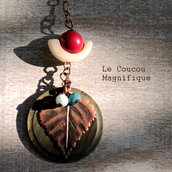 Collana in rame con pendente in avorio vegetale e bottone vintage