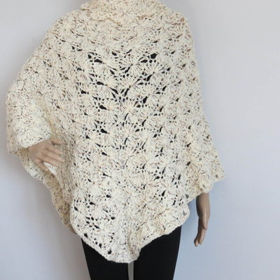 poncho  in lana tweed color panna